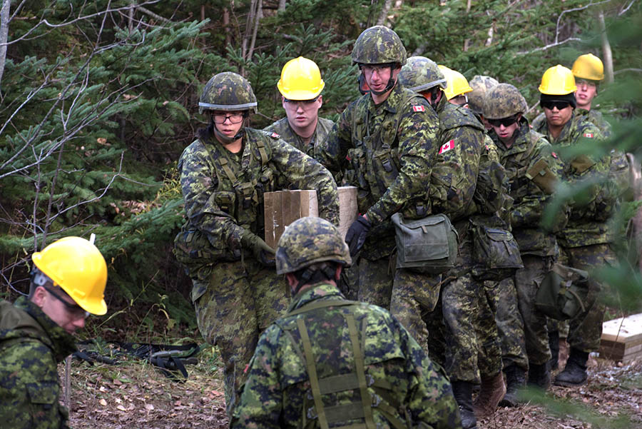 Army Reserve Soldiers from 36 Combat Engineer Regiment work with troops from 4 Engineer Support Regiment to construct a bridge at the Canadian Coast Guard College in #Sydney, Nova Scotia as part of Exercise NIHILO SAPPER in November 2017. The unit now reports to the Canadian Combat Support Brigade Headquarters.